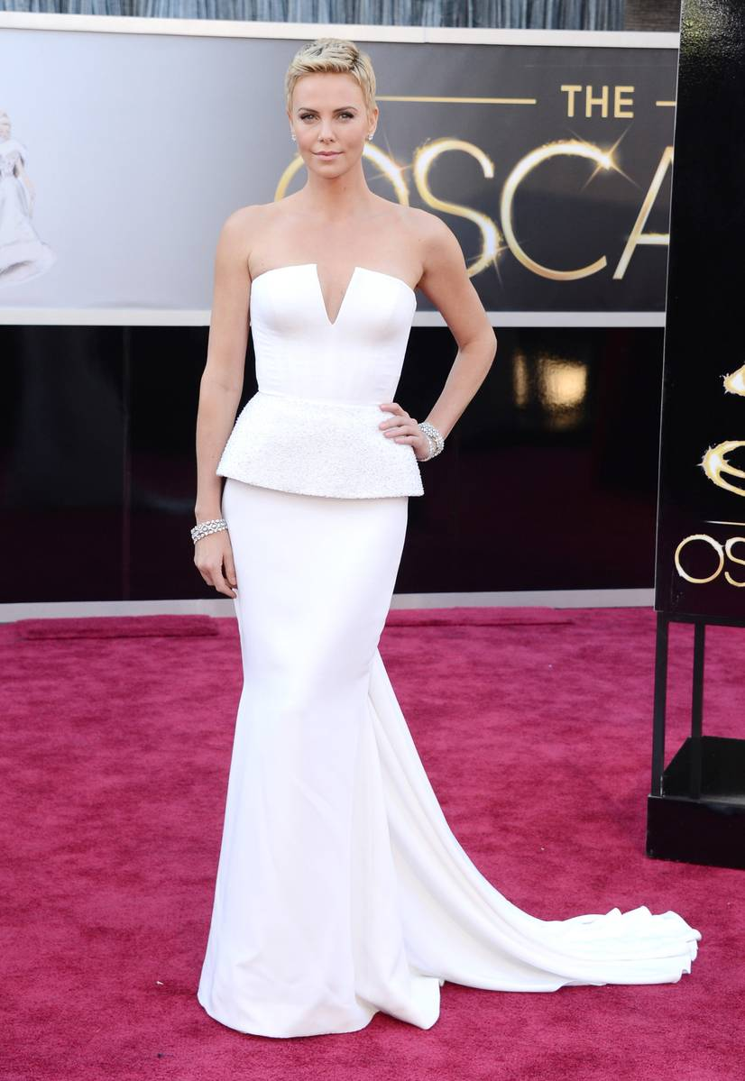 Charlize Theron wearing Dior and Harry Winston jewelry #Oscars Academy Awards 2013