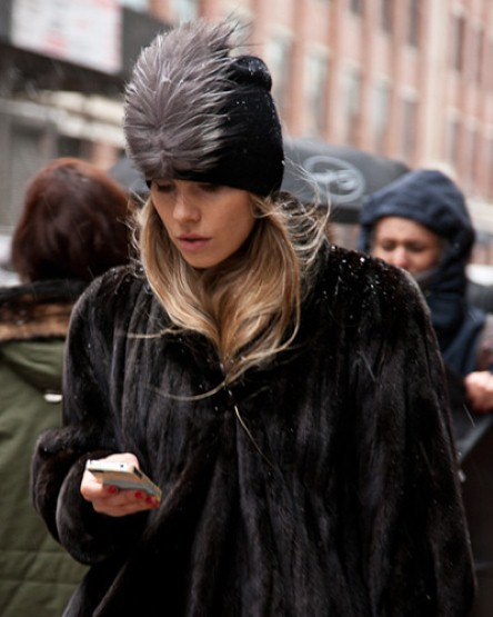 featherbeanie_fashion week- fur
