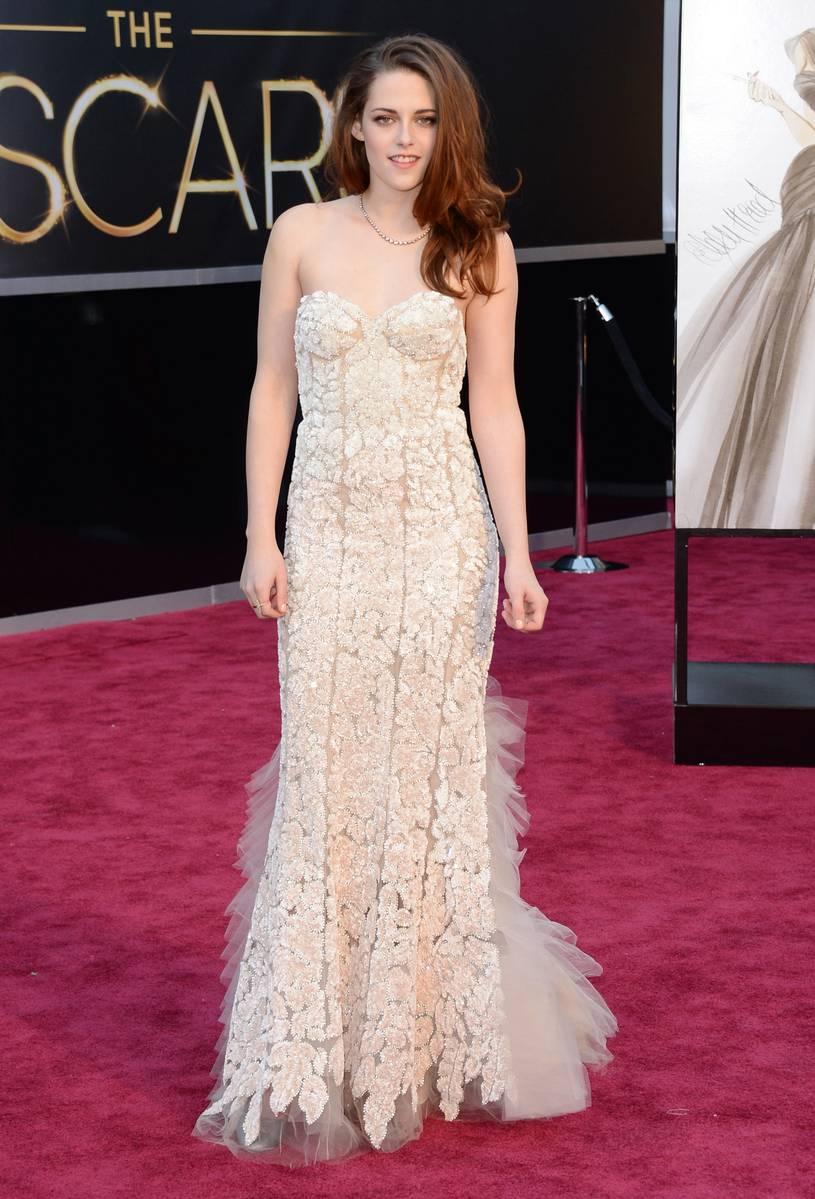 Kristen Stewart wearing Reem Acra Oscars Academy Awards 2013