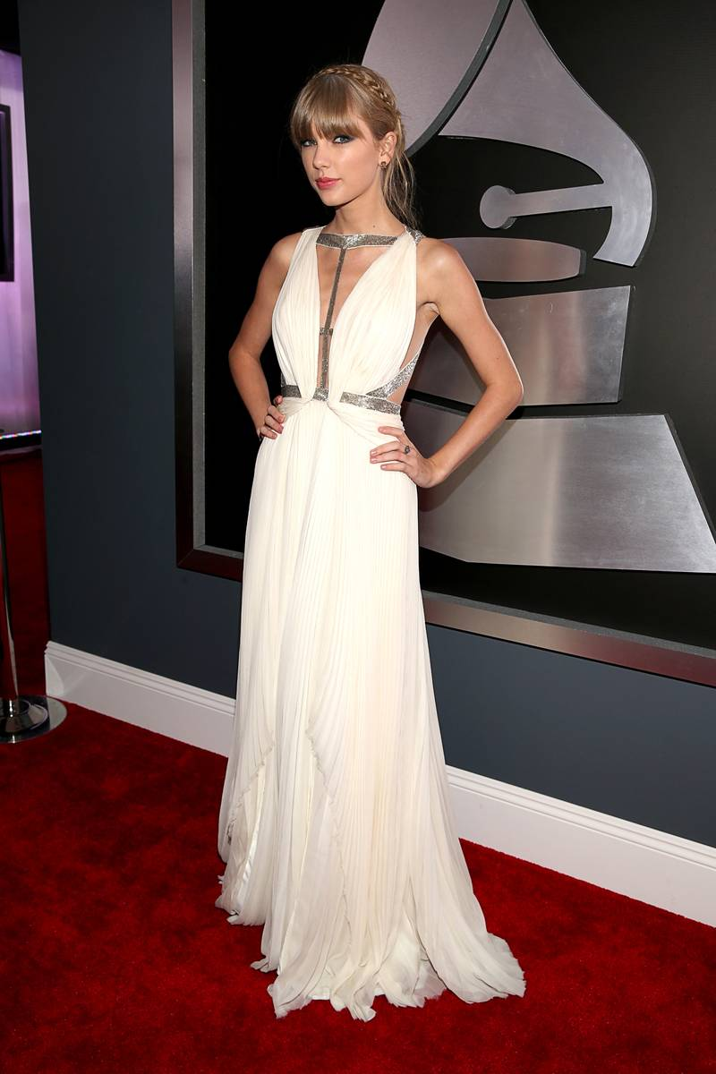 Taylor Swift - Dress by J. Mendel