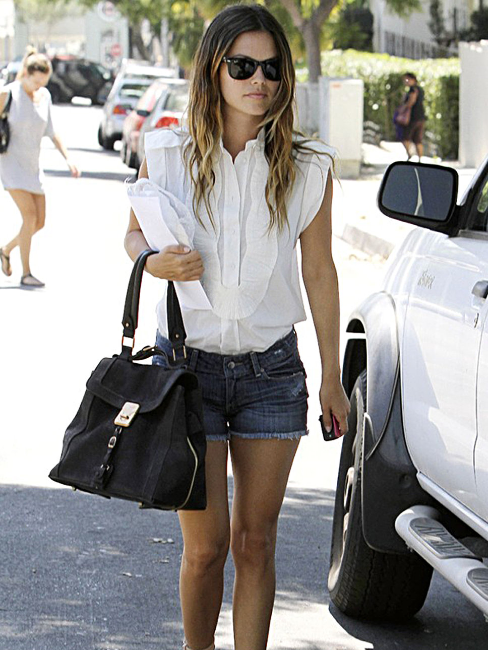 Ray ban sunnies short shorts rachel bilson casual look