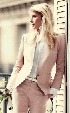 Melanie laurent pink outfit