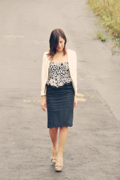 knee skirt